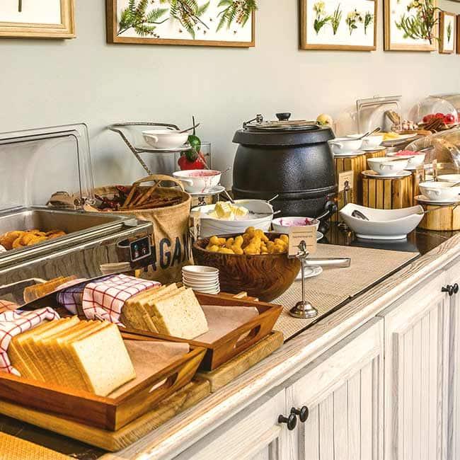 best buffets buffet restaurants in chennai zomato rh zomato com