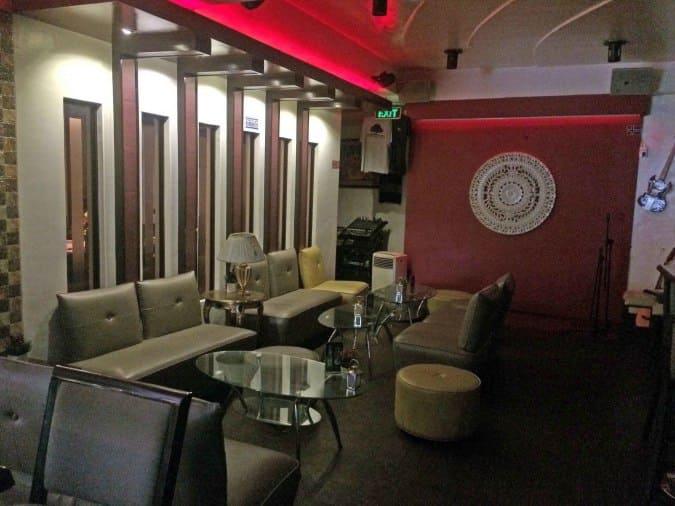 The Living Room Bar, Marcelo Green, Parañaque City - Zomato ...