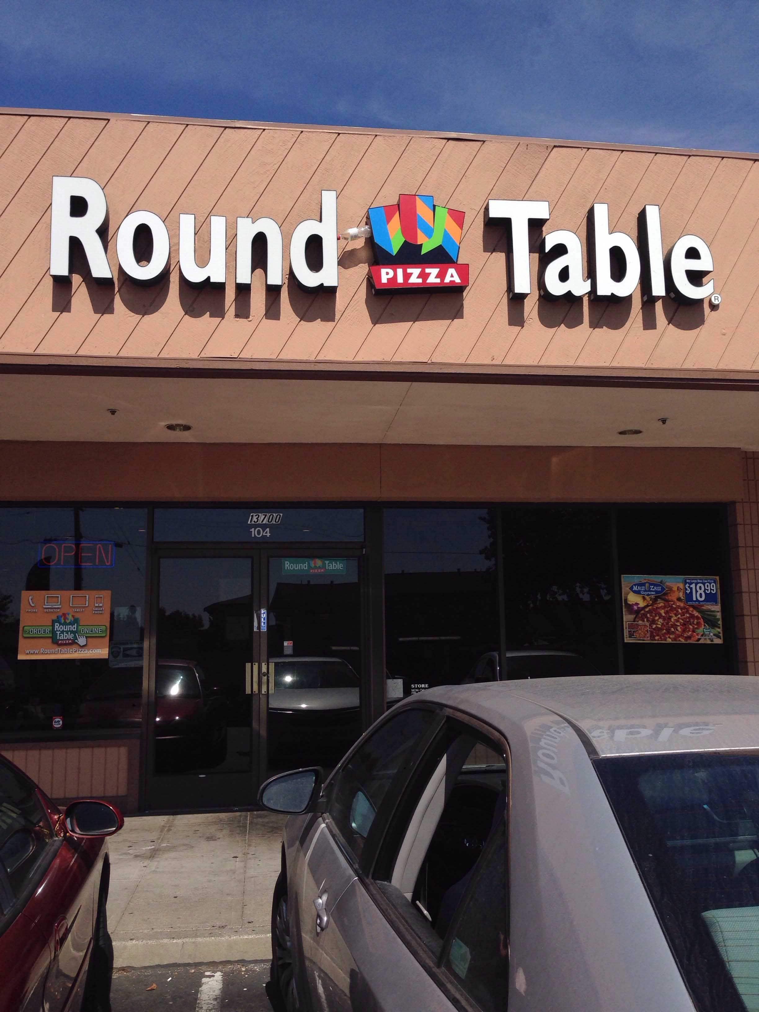 High Quality Round Table Pizza, San Leandro Photos