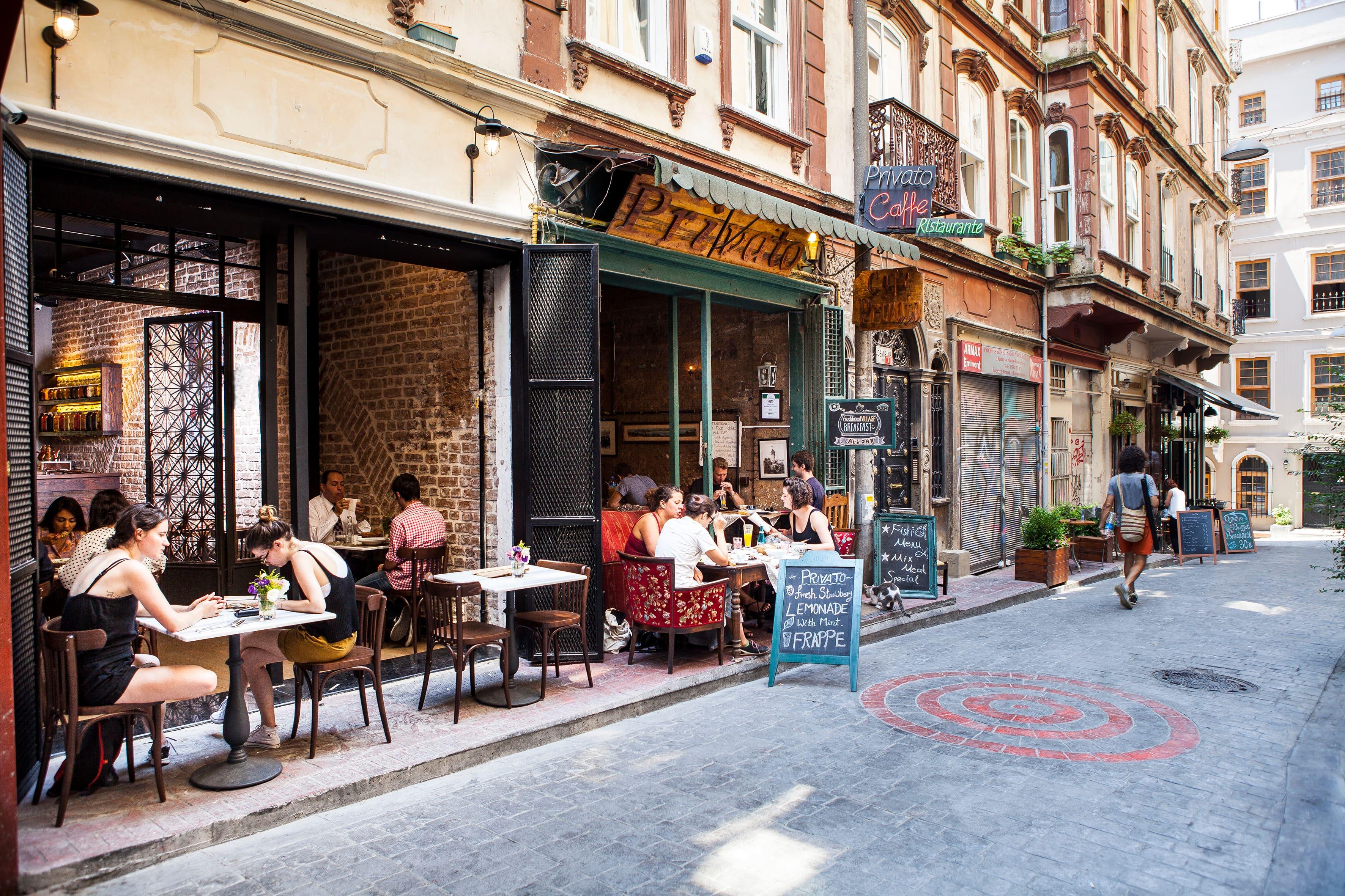 Lattas Coffee, Galata, İstanbul - Zomato Turkey