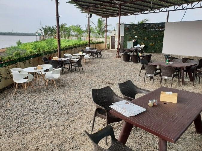 Kinaara The Cafe Piplod Surat Zomato