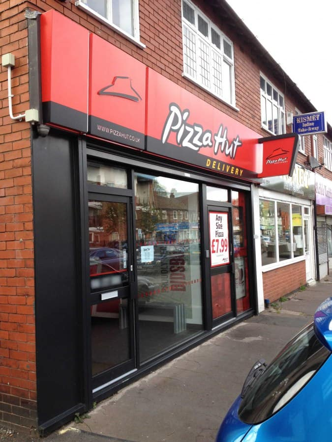 Pizza Hut Delivery Didsbury Manchester Zomato Uk