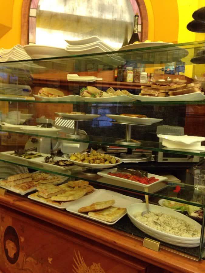 Gran caff cavalieri a milano indirizzo e mappa zomato for Porta venezia metro