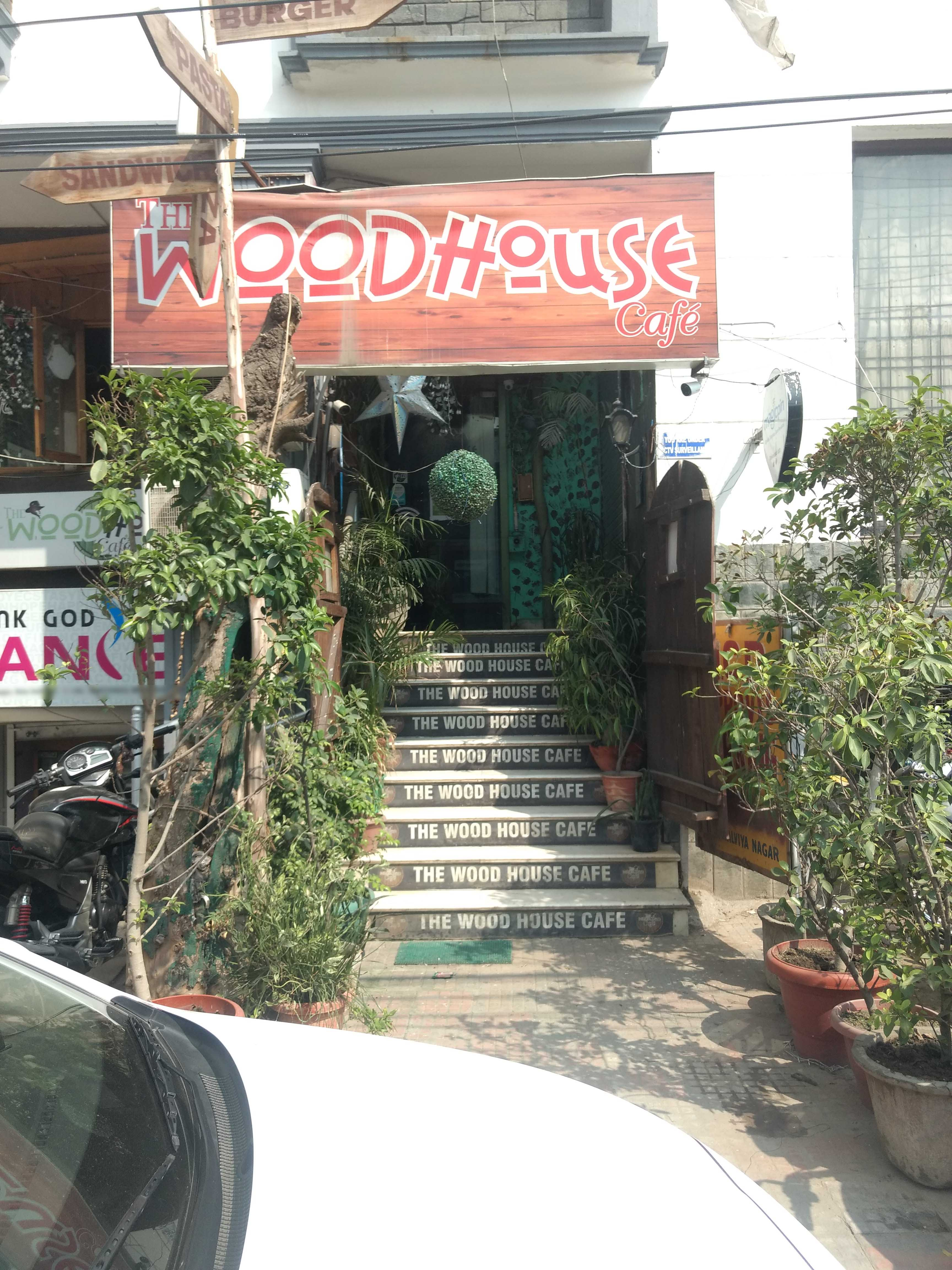 The woodhouse cafe