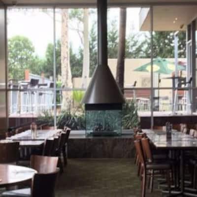 Shoppingtown Hotel Doncaster Melbourne
