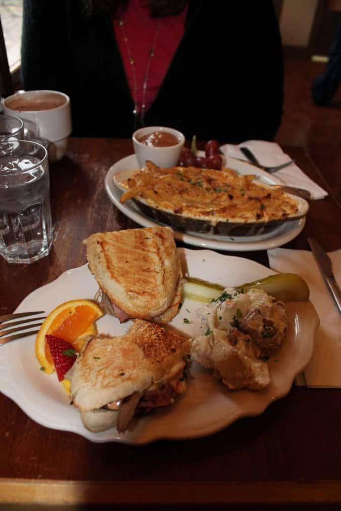 Breakfast Restaurants Near Parma Ohio