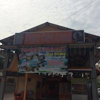 Dapur Kayu Arang Kampung Baru Photos