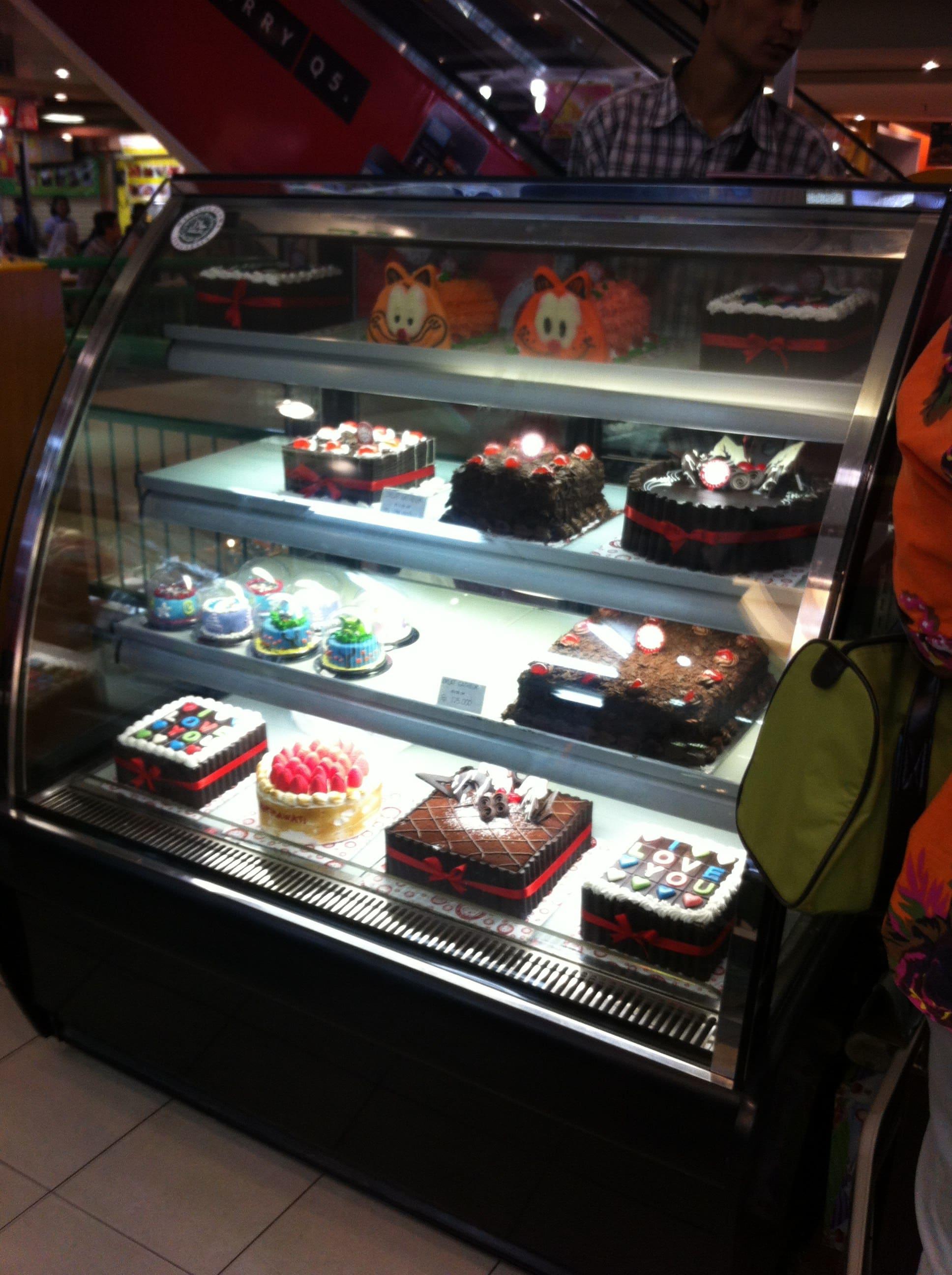 Domino Cake Photos Pictures of Domino Cake Fatmawati Jakarta