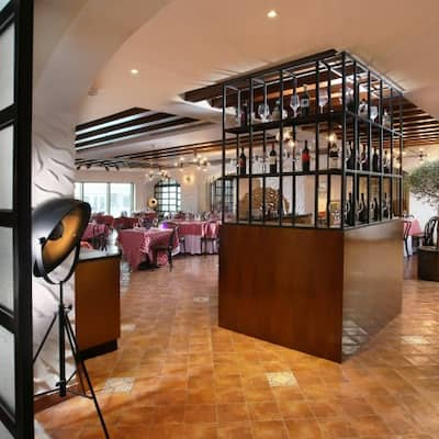 Don Corleone Metropolitan Hotel Dubai Al Safa Dubai Zomato