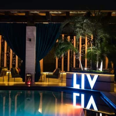 Liv At The Deck The Landmark Hotel Mall Road Kanpur Zomato