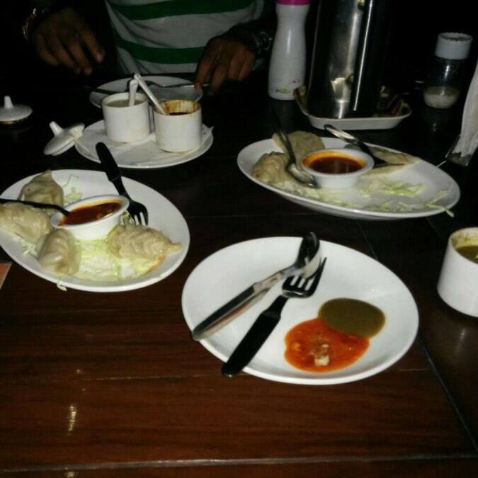 Aangan cafe restaurant a dehradun foto del locale e dei for Aangan indian cuisine