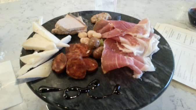 Primeaux cheese vino reviews user reviews for primeaux for Food bar vestavia