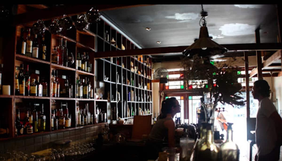 newtown liquor store hours