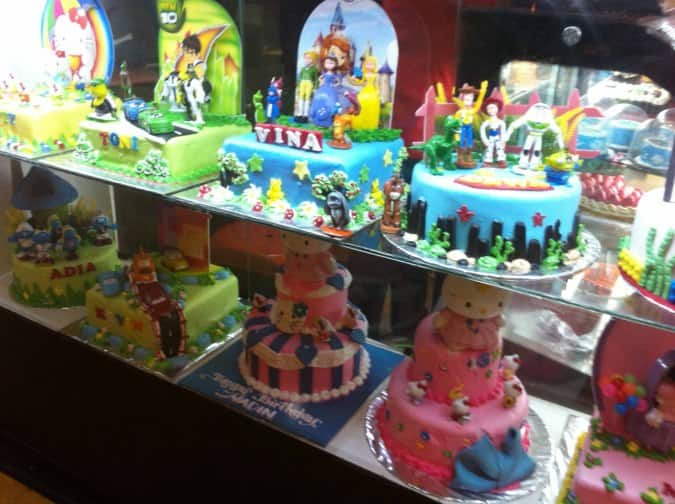 Domino Cake Reviews User Reviews for Domino Cake Kelapa Gading