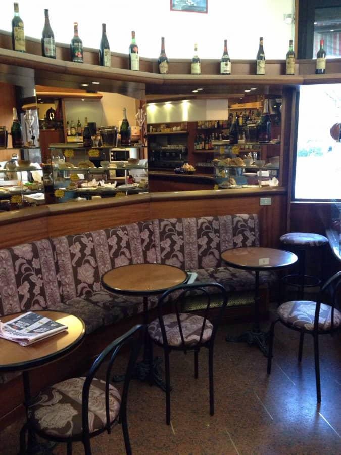 Pink bar a milano indirizzo e mappa zomato italia for White bar milano