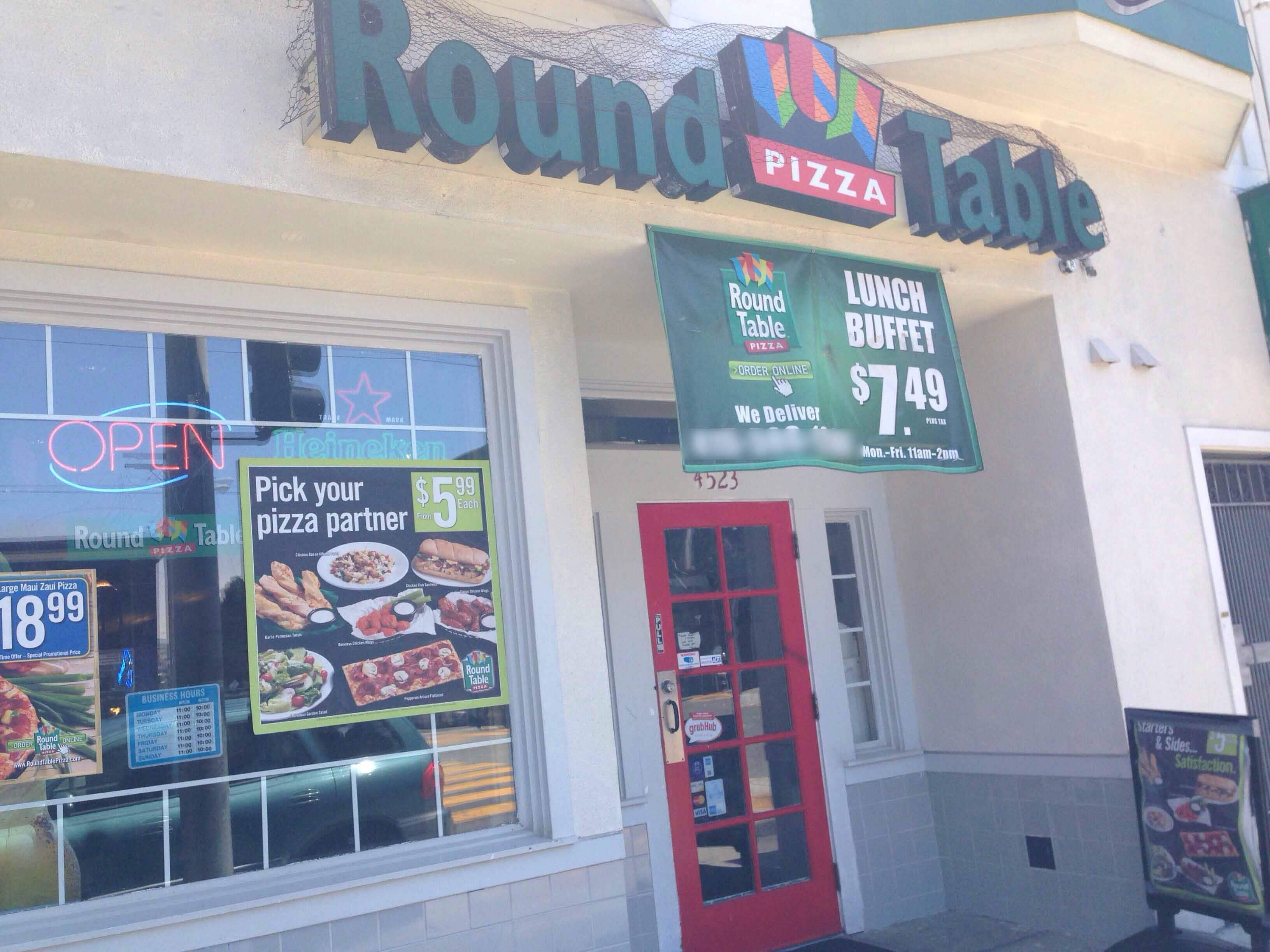 Round Table Pizza, Excelsior Photos