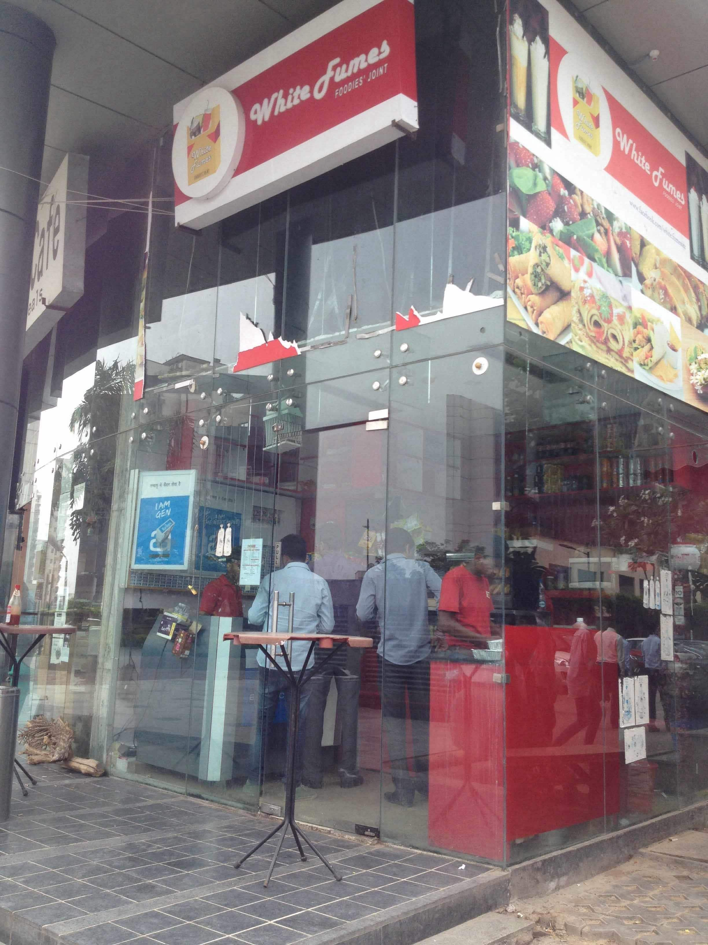 White apron gurgaon - White Fumes Photos Pictures Of White Fumes Sohna Road Gurgaon Zomato