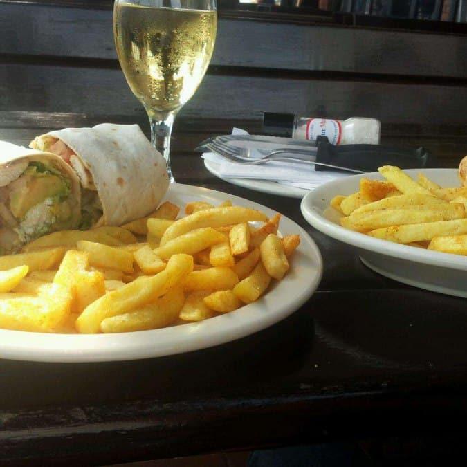 Pub Doing Food Windermere