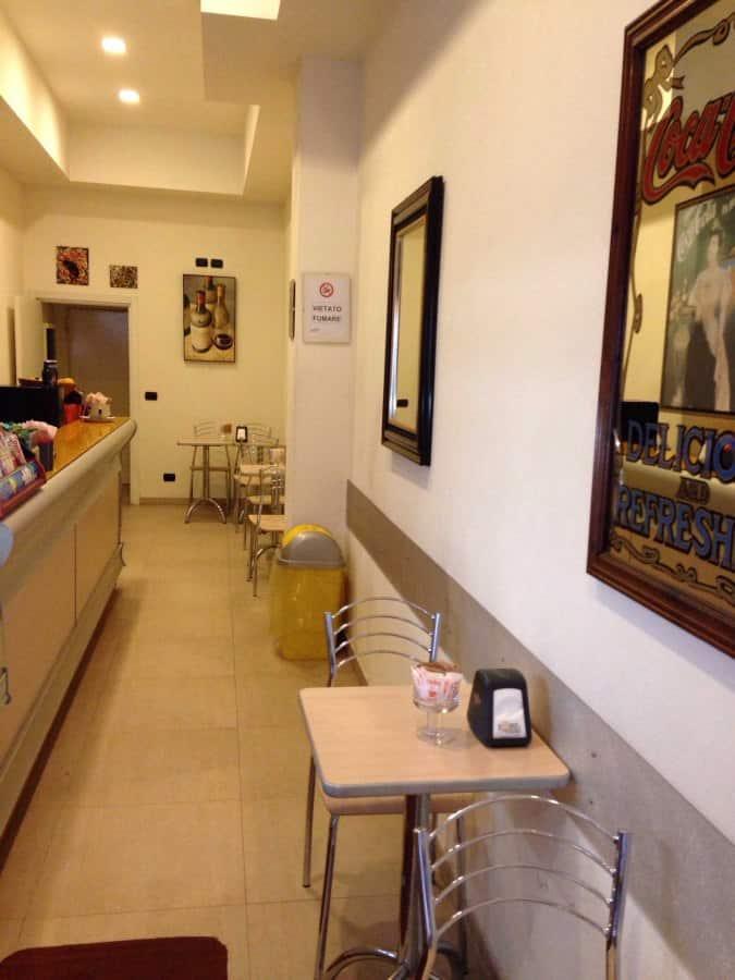 Twins caf a milano indirizzo e mappa zomato italia for Porta venezia metro