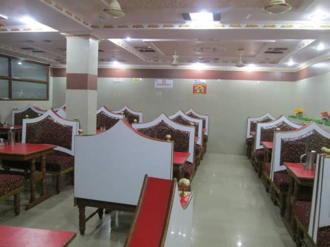 Green bawarchi balanagar hyderabad restaurant zomato for Crystal 7 cuisine hyderabad