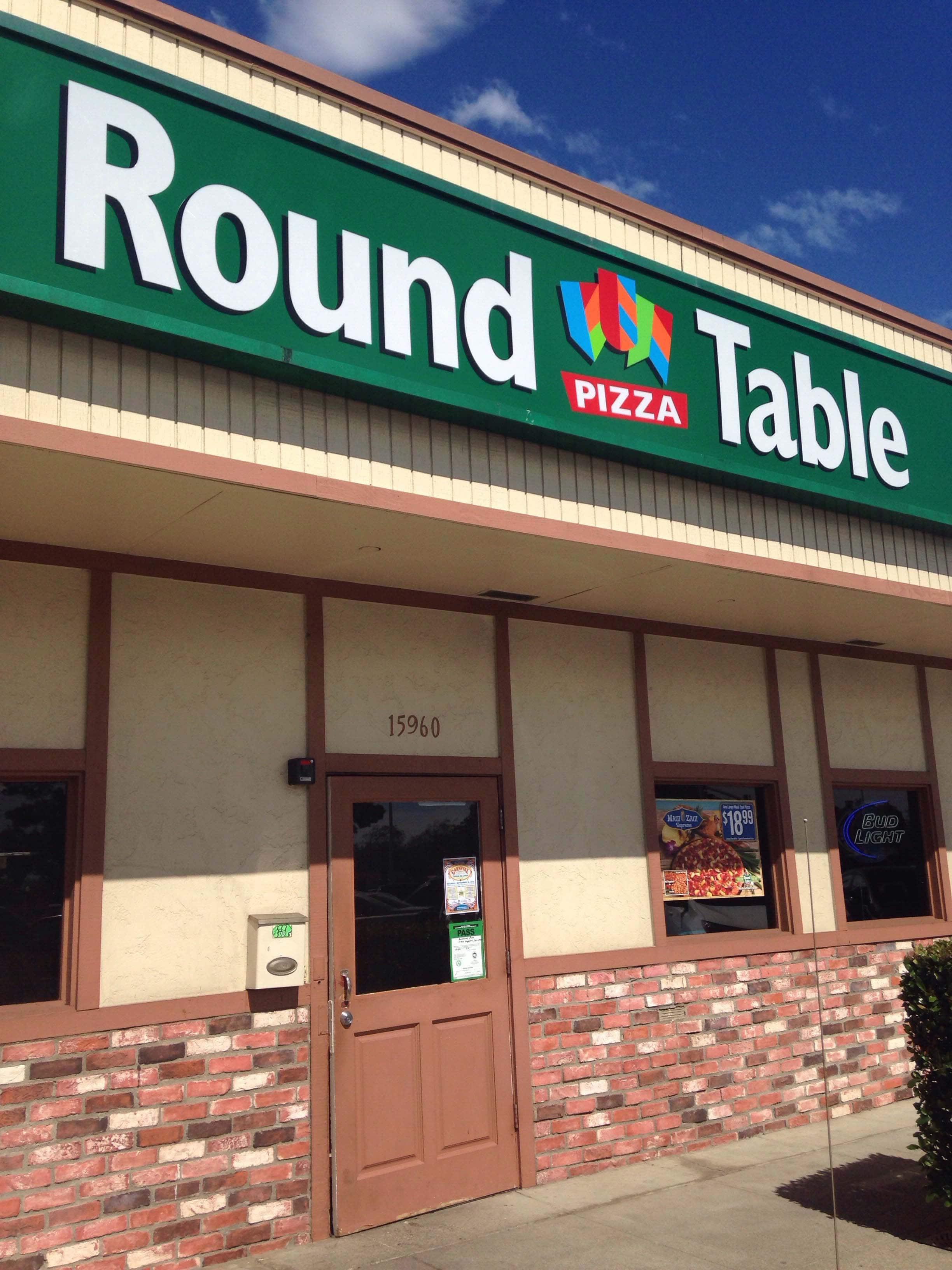 Amazing Round Table Pizza, San Lorenzo Photos