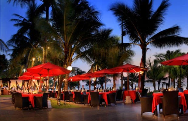 Ocean terrace restaurant the legian beach hotel kuta for Terrace 8 residence kuta