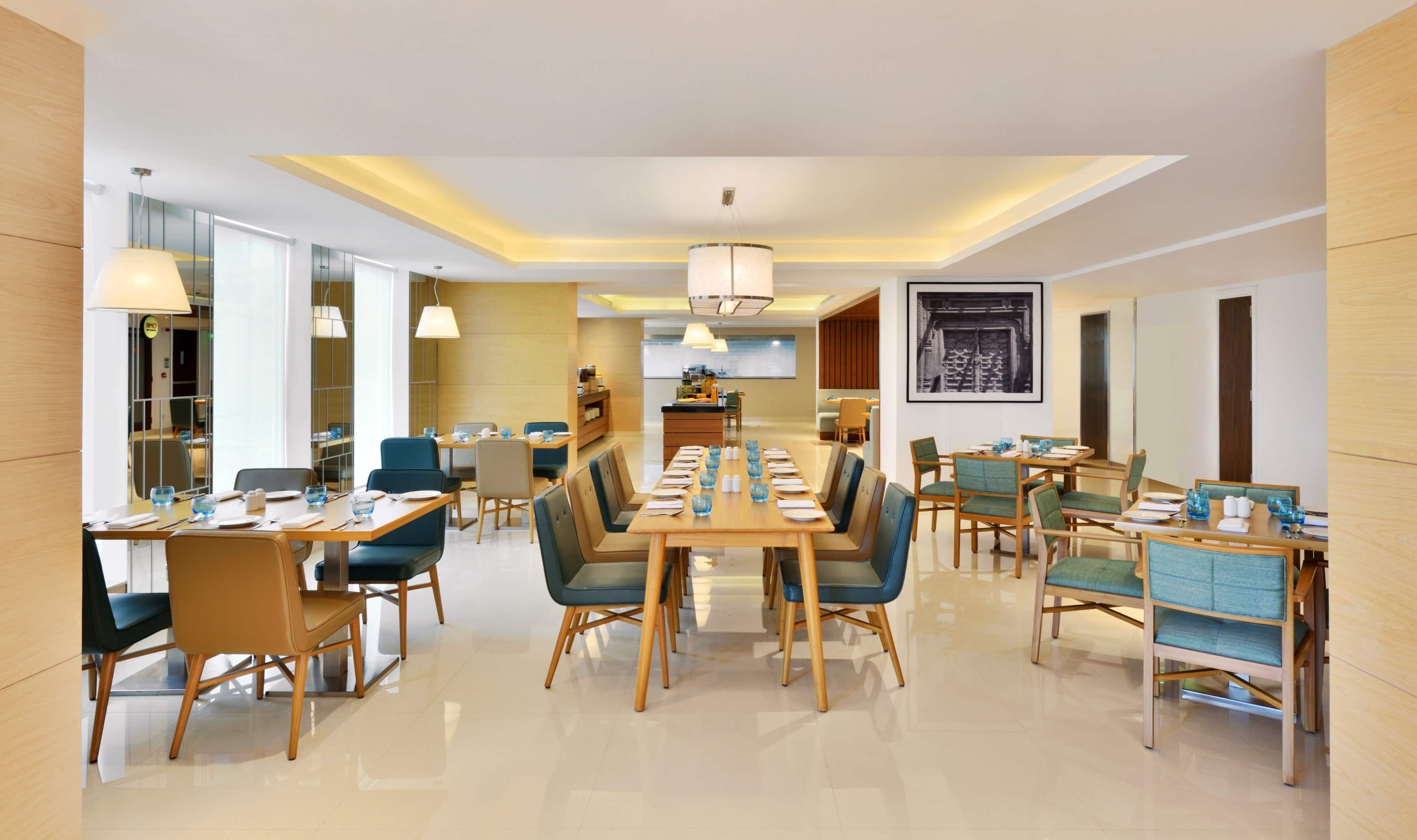 Omr Kitchen Bar Fairfield By Marriott Chennai Omr Semmancheri Chennai Restaurant