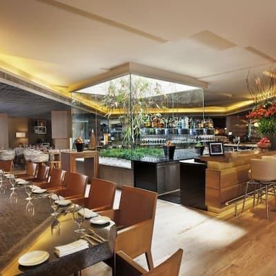 best dating restaurants in delhi