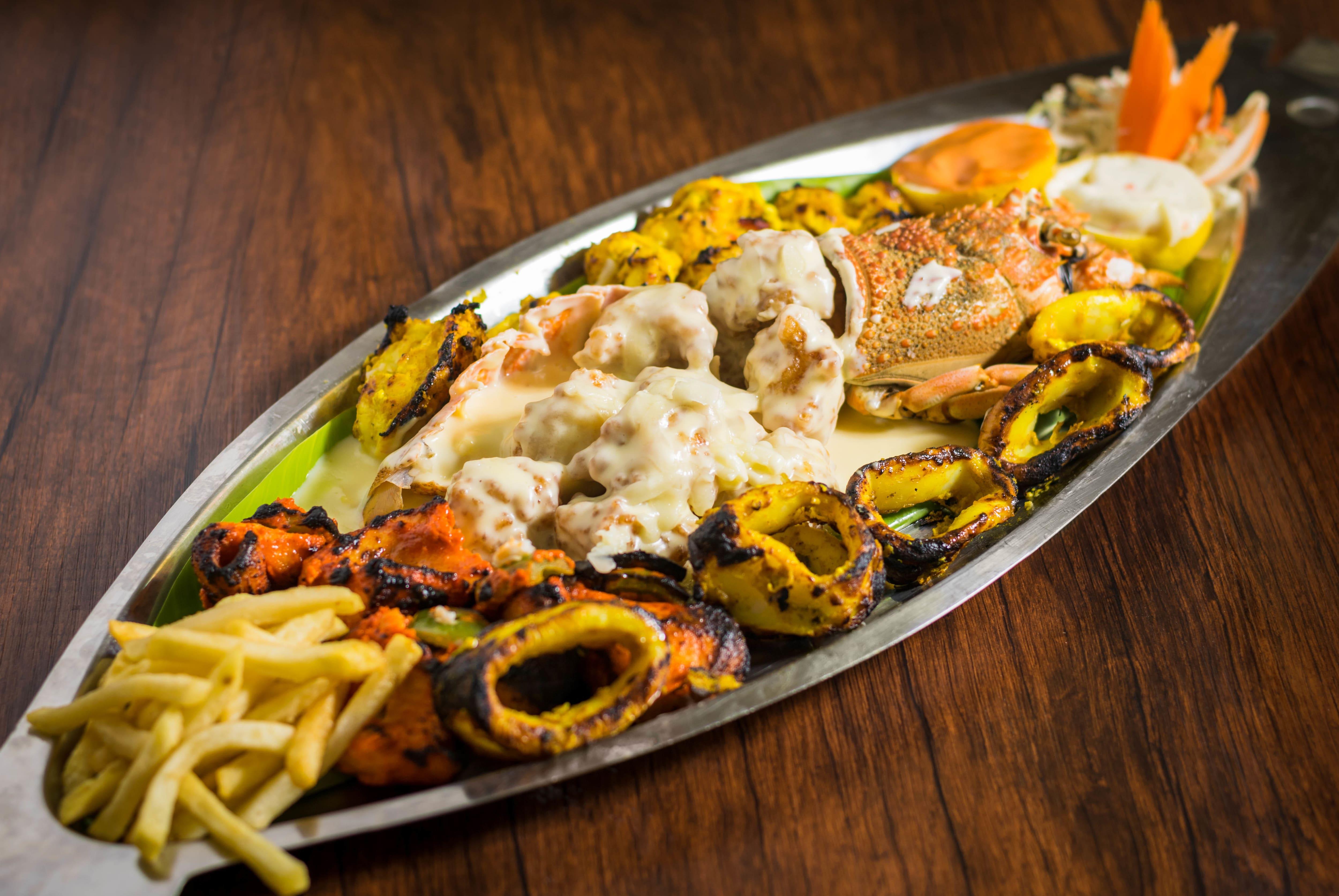 Five Star Restaurant Al Majaz Sharjah