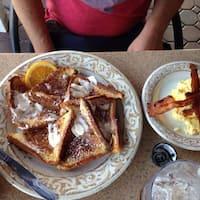 another broken egg cafe siesta key fl
