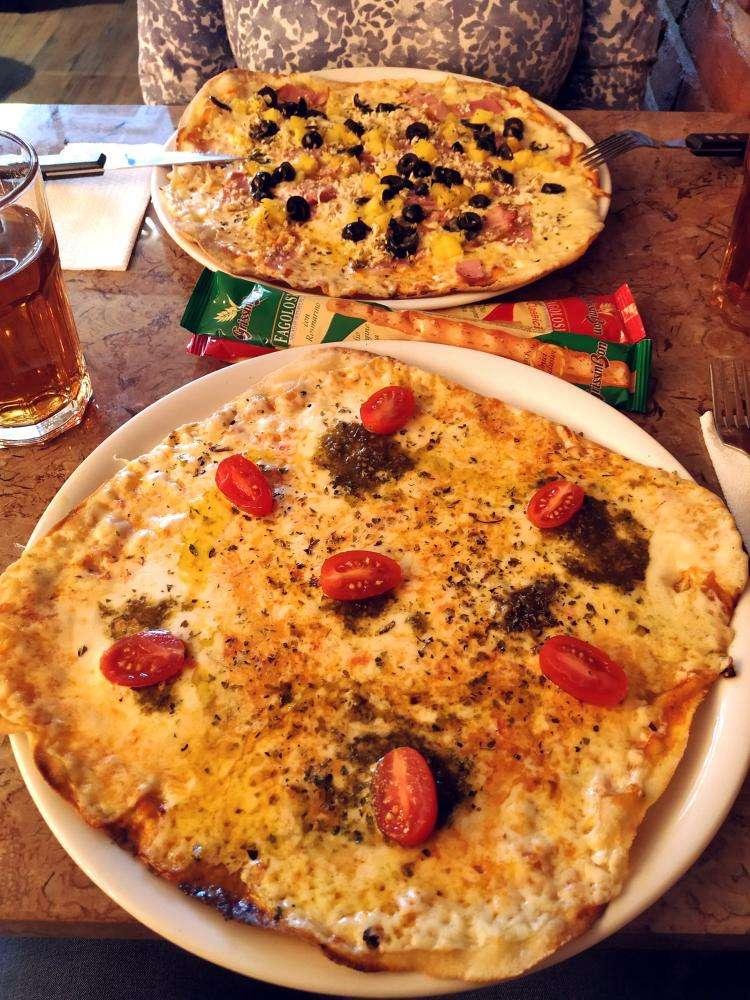 Burrata - Pizzaria Artesanal