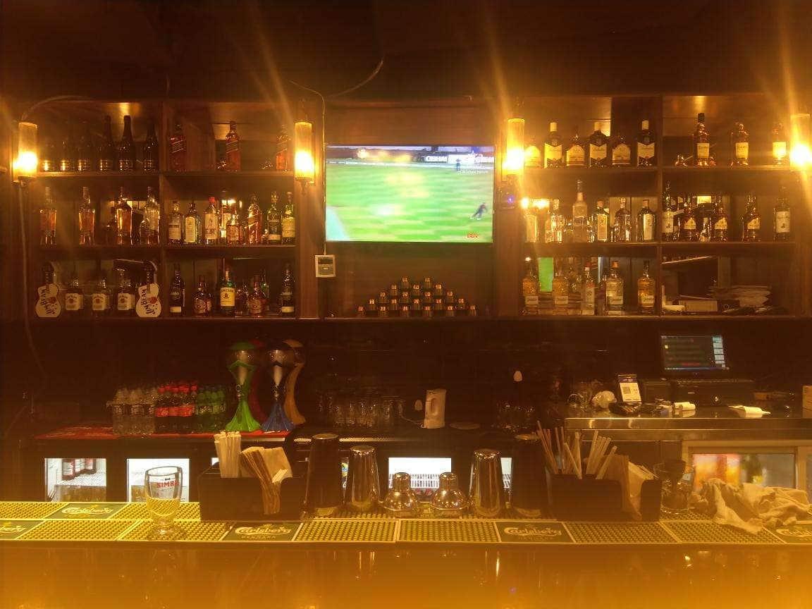 The Studs Sports Bar & Grill