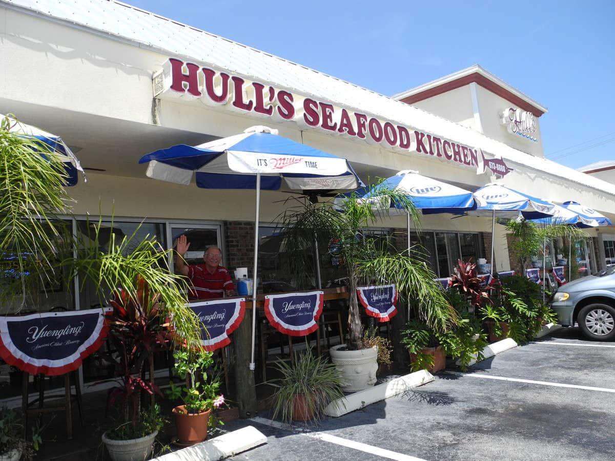Hull's Seafood Kitchen Restaurant