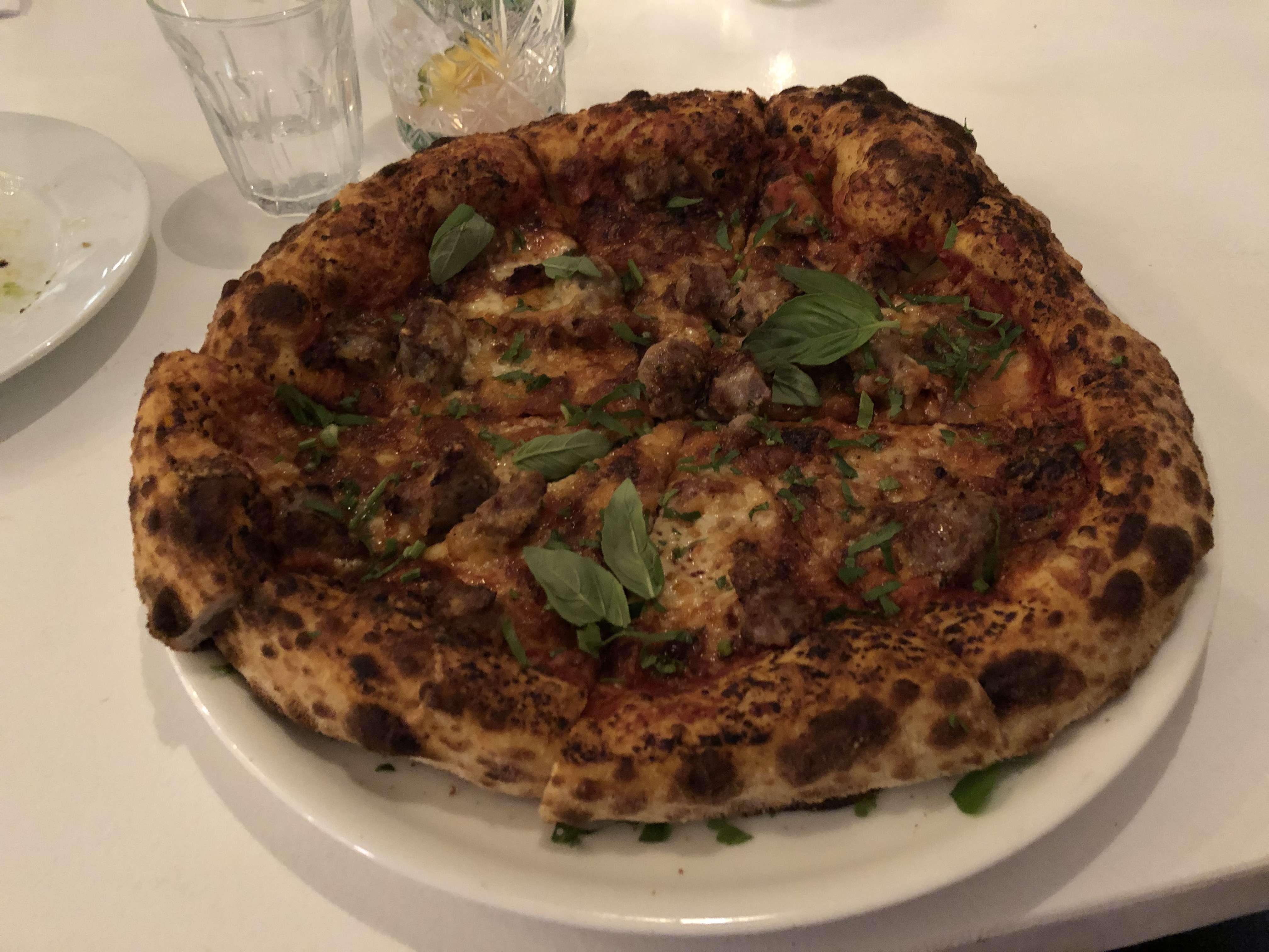 Justin Lane Pizzeria & Bar