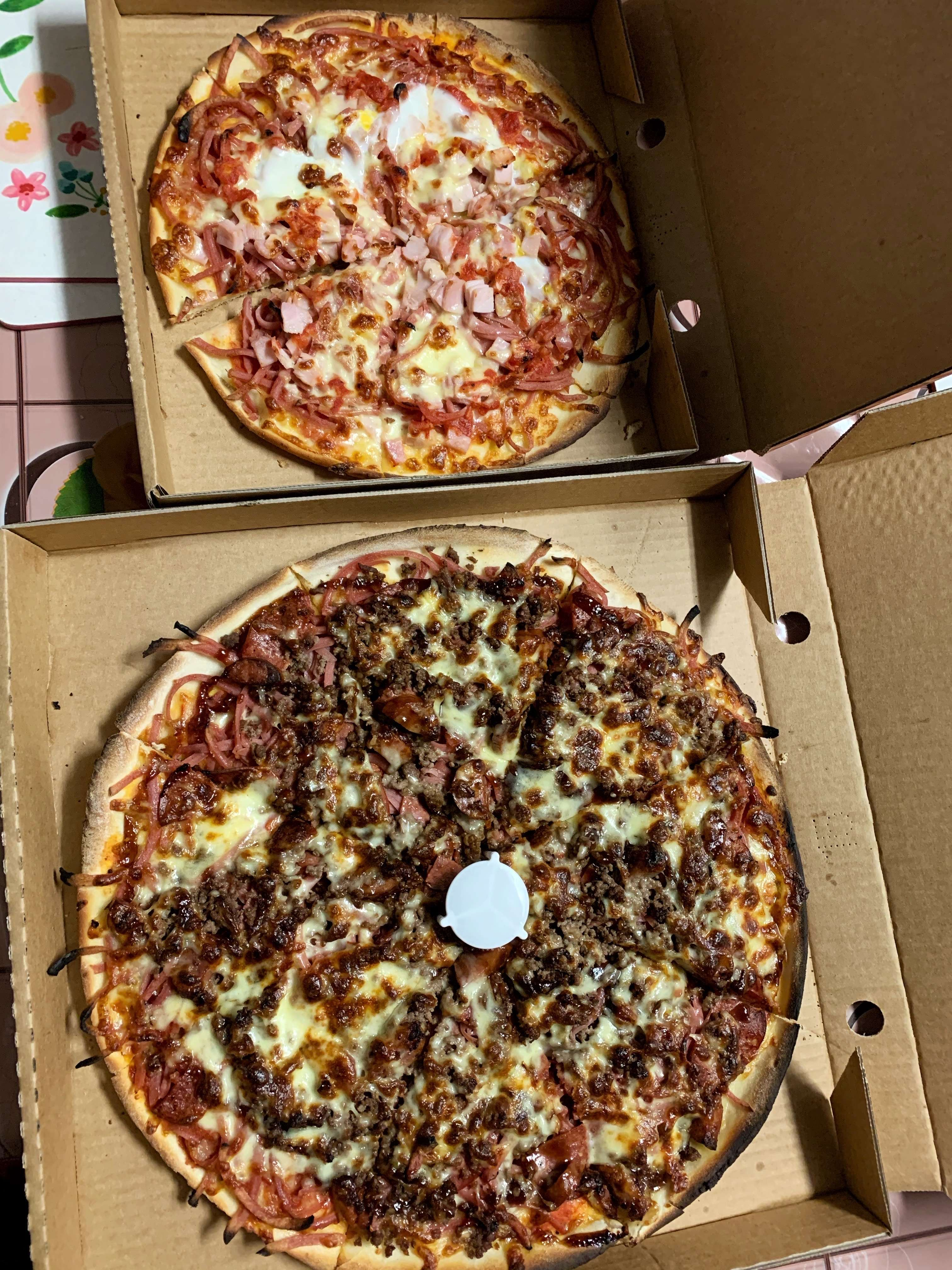 martys pizza hideout