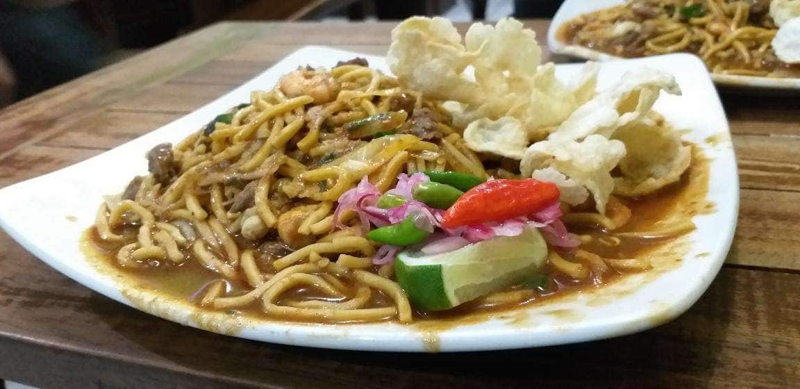 Mie Aceh Bungoong Jeumpa