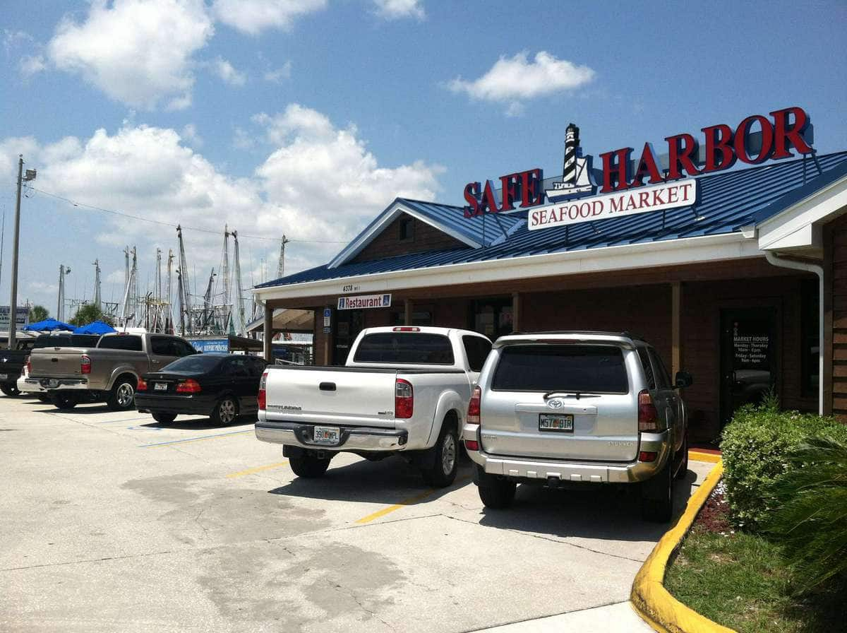 Mike m 39 s photo for safe harbor seafood market and restaurant for Fish market jacksonville fl
