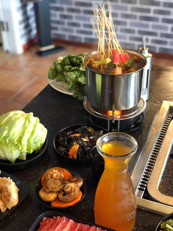 Yummy BBQ 大青花石板烤肉