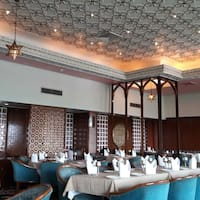 The mughal room hotel clarks shiraz agra cantt agra for Agra fine indian cuisine menu