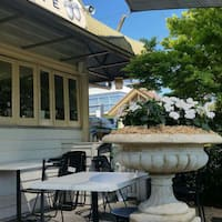 The Oaks Cafe Surrey Hills Photos