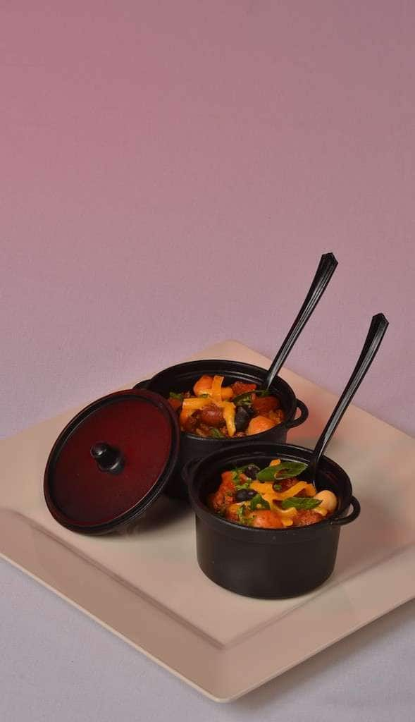 Superb Delectables Fine Catering,   Southwest Chili In Mini Crock   Delectables  Fine Catering,u0027