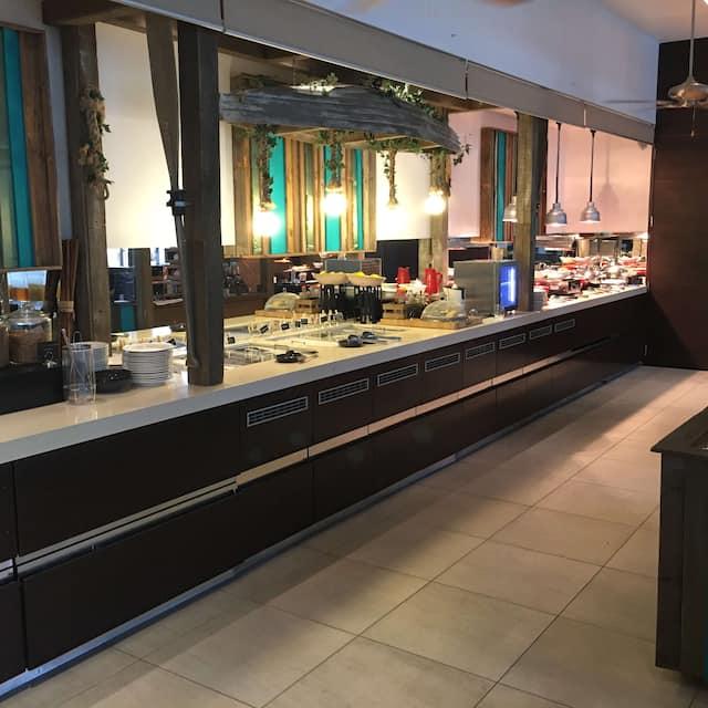Aluco Restaurant and Bar