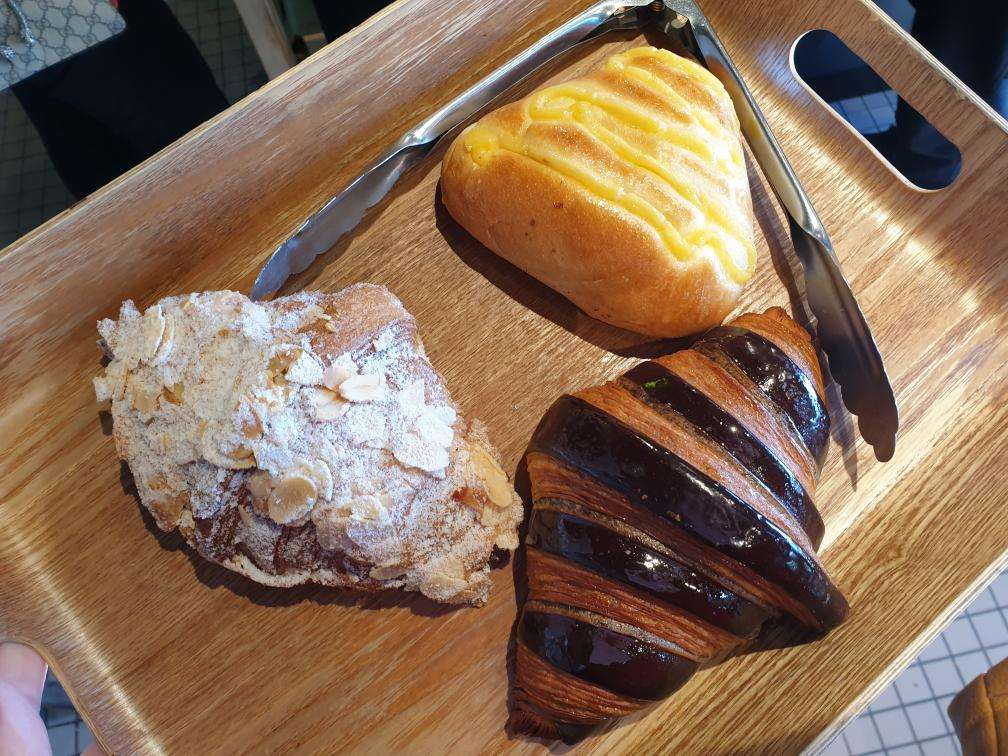Top Impression Bakery & Patisserie Cafe