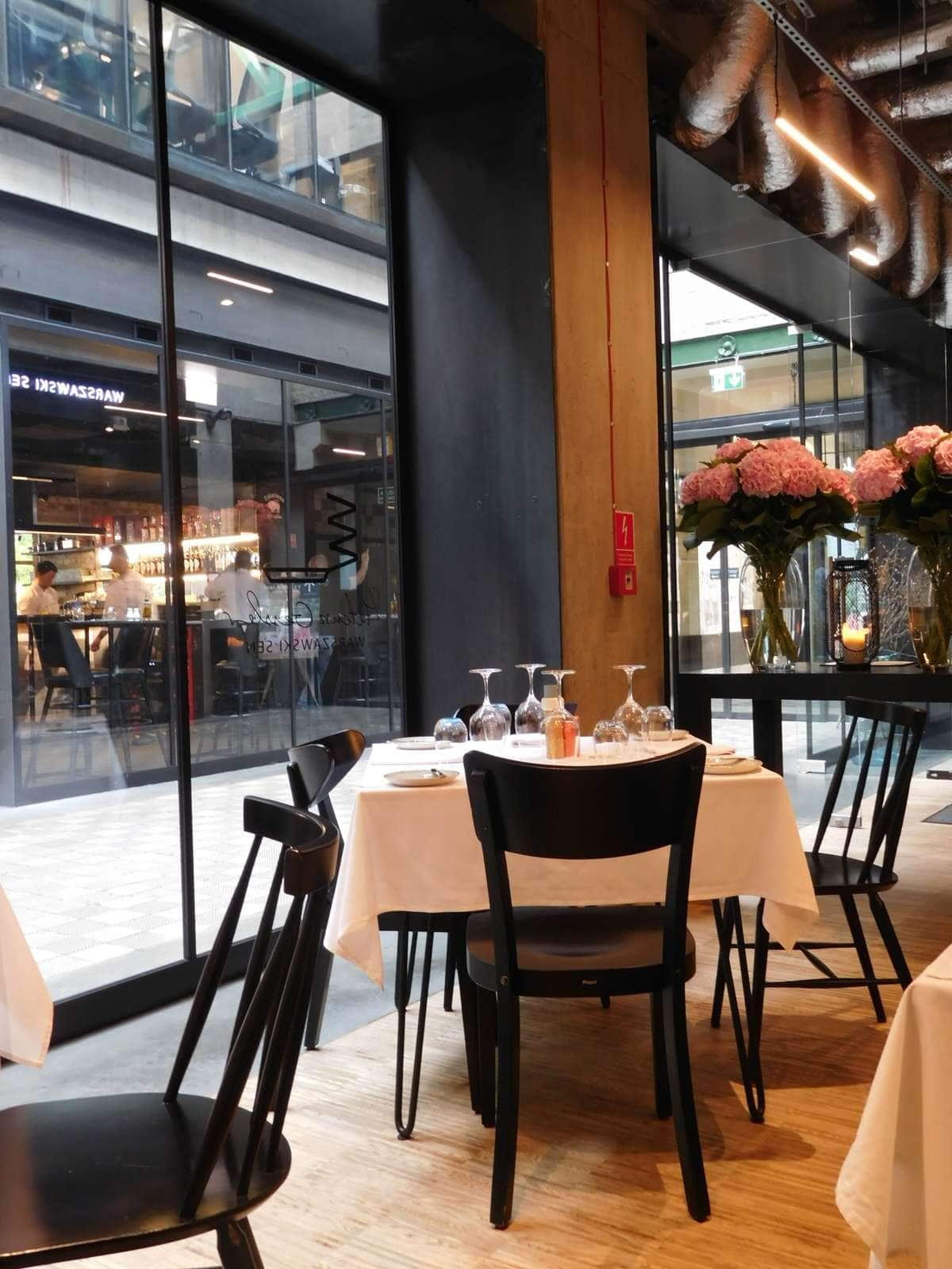 singapore bar zaczepić