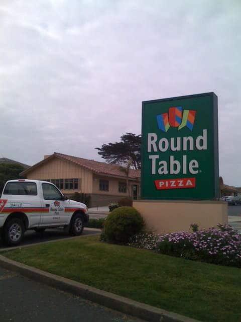 Round Table Pizza Marina Monterey Bay