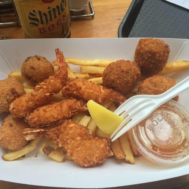 Shrimp N Stuff