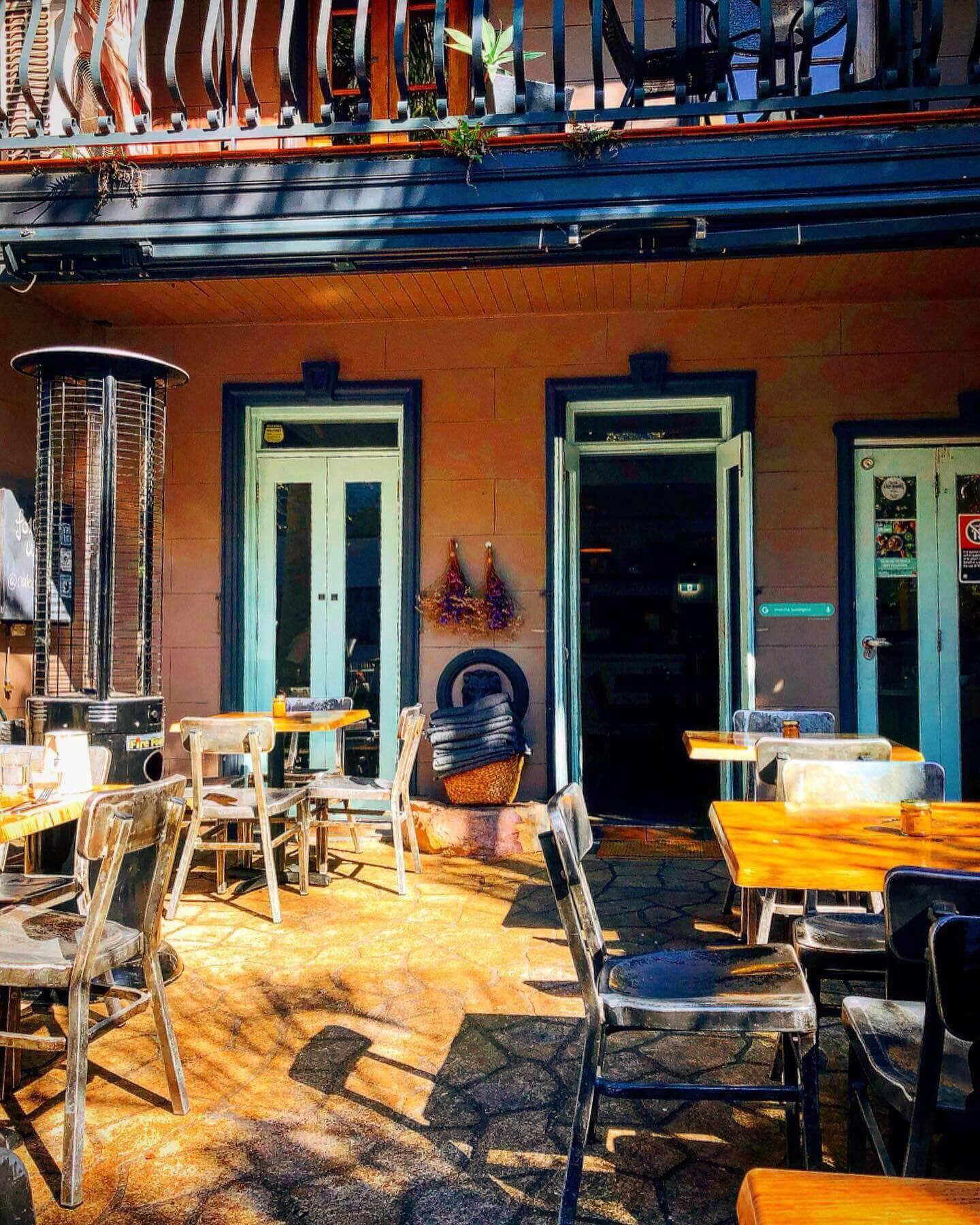 Cafe Oratnek