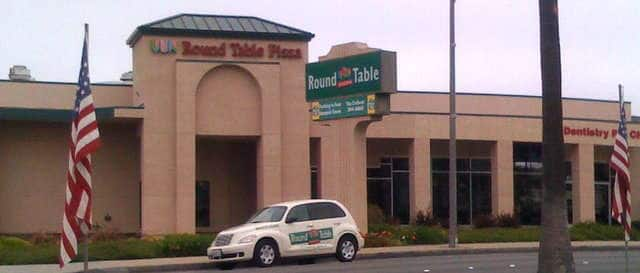 Round Table Pizza, Seaside Photos