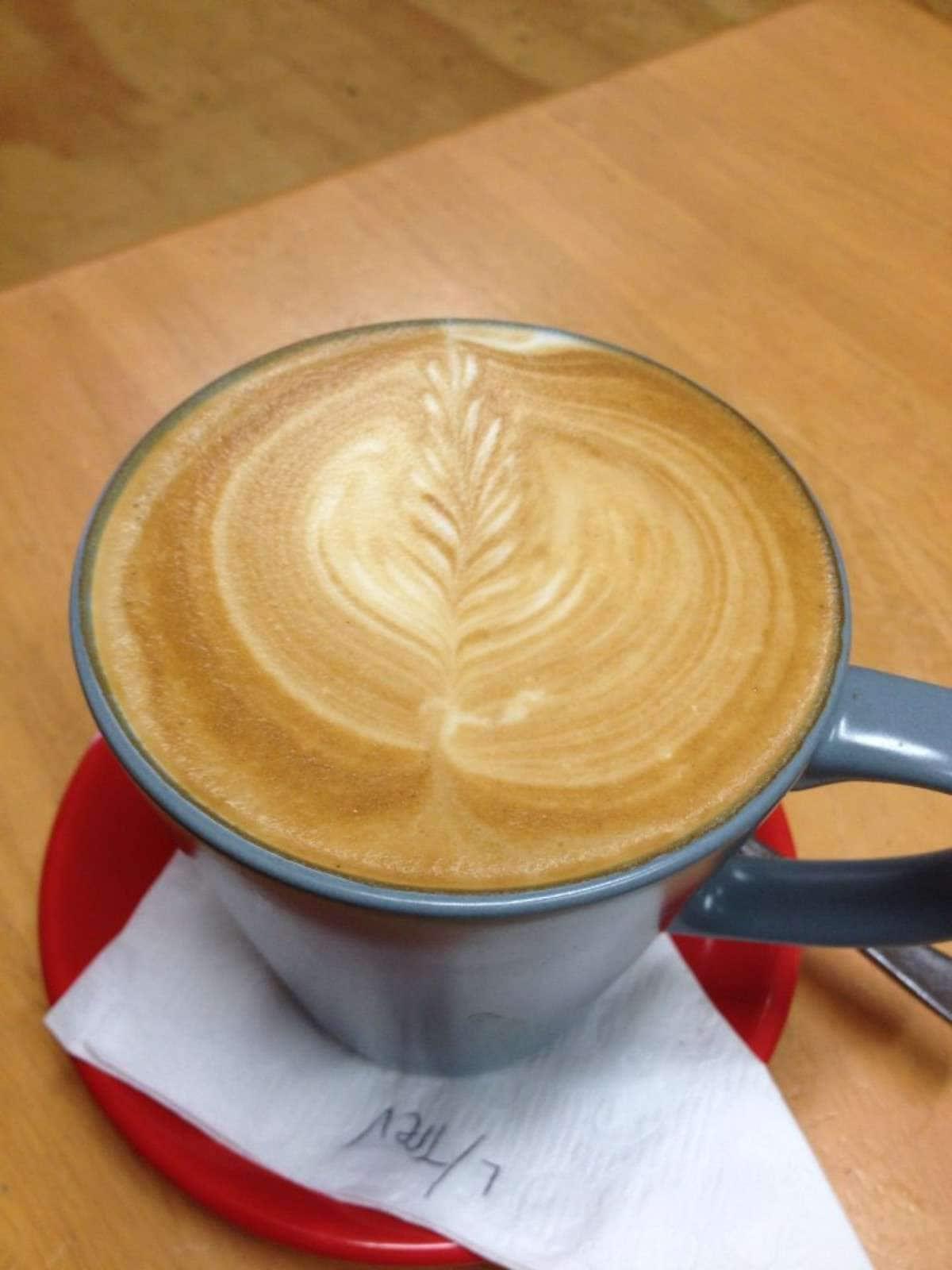 Connanias Coffee Bar | 1/55 Maize Street, Tenambit, New South Wales 2323 | +61 2 44674371
