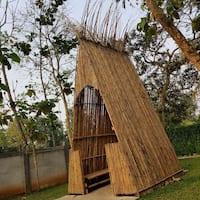 46 Koleksi Gambar Rumah Makan Dari Bambu Gratis Terbaik